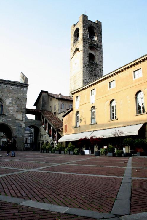 """Piazza Vecchia in Città Alta  """"old square"""""""