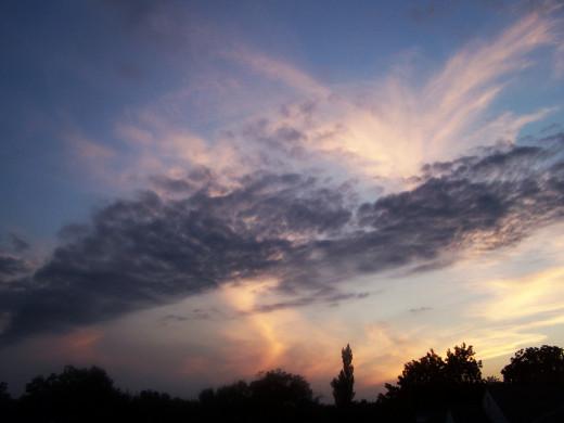 Setting sun, divine...