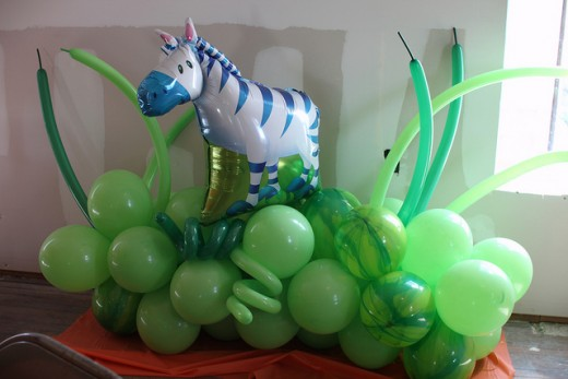 Jungle Balloon deccorations made from green balloons and zebra balloon