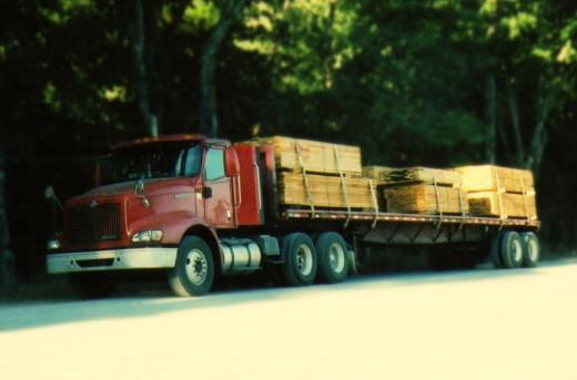 18 wheeler lumber truck