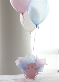 If the gender of the baby is unknown, then use both pink and blue decorations
