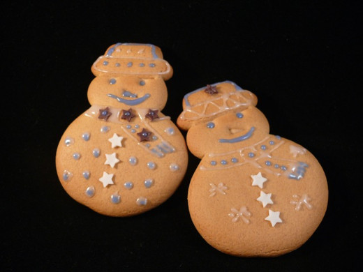Gingerbread snowman cookies