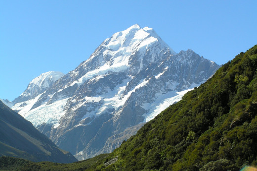Aoraki Mount Cook from Hooker Valley