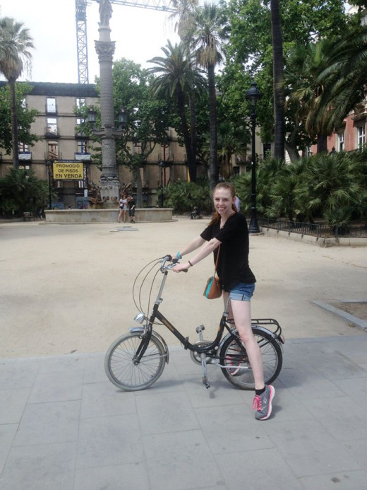 Renting a bike in Barcelona for around $15 and biking around the city