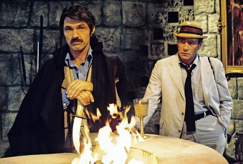 Tom Skerritt with Darren McGavin in The Devil's Platform an episode of Kolchak the Night Stalker November 15, 1974