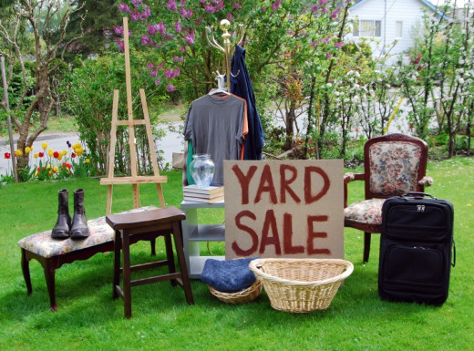 Whatever junk in your home that you are not using anymore can leave your home very crowd. The peak times for yard sales is in the warmer weather months and during the weekends.