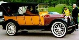 1916 Packard Twin Six Touring car