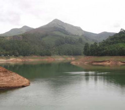 Why Munnar is Considered as an All Season Travel Destination in Kerala