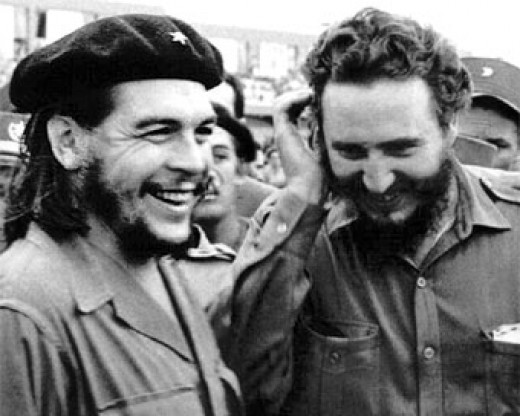 Guevara (left) and Castro (right)