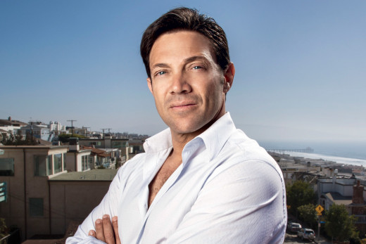 "Proclaimed ""Wolf of Wall Street"", Jordan Belfort understood when to invest and how much (although, Belfort broke many laws so exactly following his steps is ill-advised)."