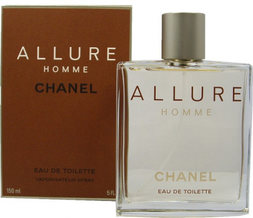 Allure Homme has has a note composition as complex as it is high quality. Its alluring fusion of wood, spices, and sweetness will be an olfactory pleasure for both you and your neighbor.