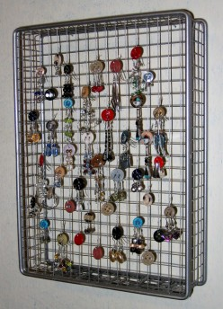 Pierced Earring Holder, Wooden Earring Holder, Acrylic Earring Holder, The Jazzy Woman's Guide to Earring Holders