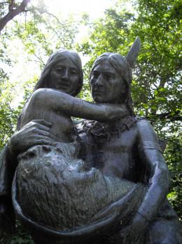 Minnehaha and Hiawatha statue in Minnehaha Park, Minneapolis