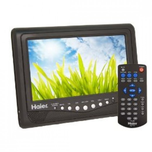 Haier HLT71 7-Inch Portable LCD TV