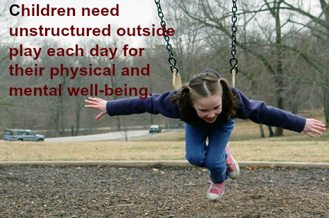 Outside play has many benefits. It helps kids keep a proper weight, develop gross motor skills, and enjoy nature. It is most definitely one characteristic of a high-quality preschool.
