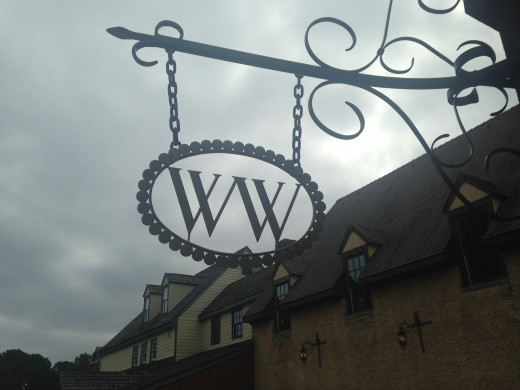 The logo for the Williamsburg Winery