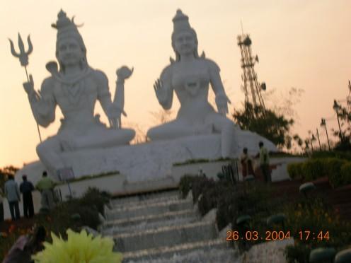 Shiva, Parvati Statues at Kailashgiri