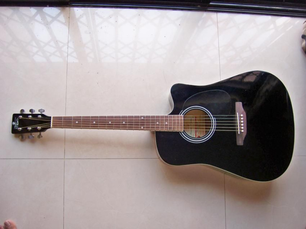 5 ways to tune your acoustic guitar hubpages. Black Bedroom Furniture Sets. Home Design Ideas