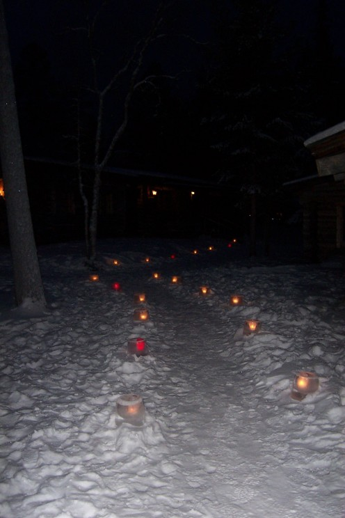 The path to Santa's house (lit by candles held in ice bowls)