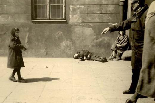 Starving ghetto children in the streets. Photo: Yad Vashem
