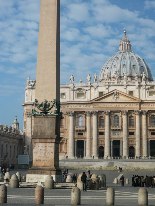 Places to Visit in Rome; St. Peter's Basilica