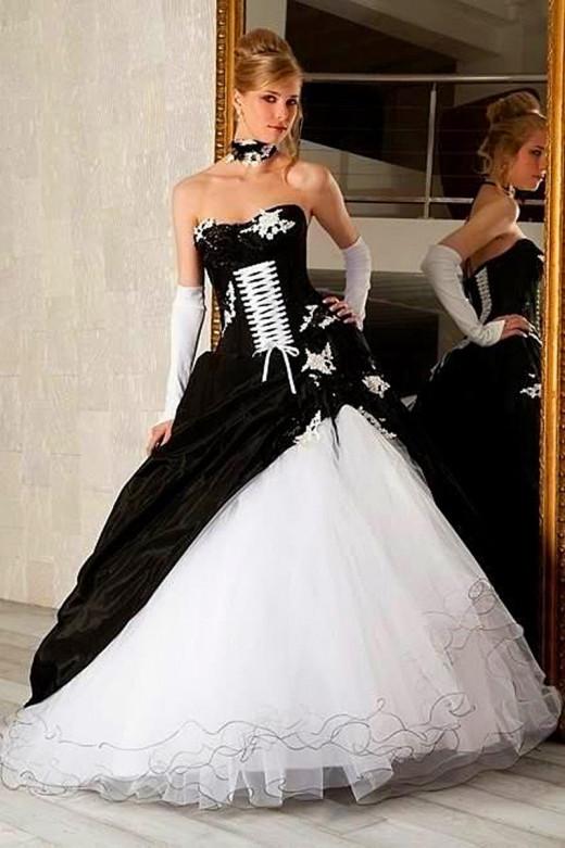 Cute Gothic wedding dress