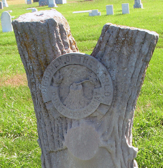 Woodsmen of the World Tombstone