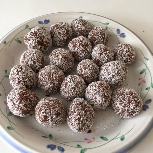 Chocolate and Coconut Balls - Gluten-, Dairy-, Egg-, and Nut-Free