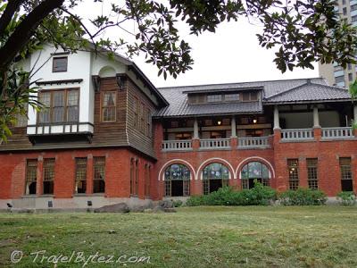 The  Beitou Hot Spring Museum (北投溫泉博物館)