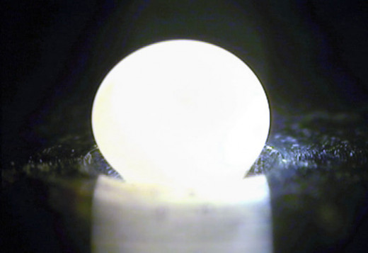 This photo shows when the alumina oxide gas is forced into silicon dioxide to form the new glass.