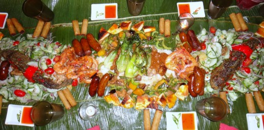 Food Boodle Fight Style, Nonoyborbun Wikimedia Commons