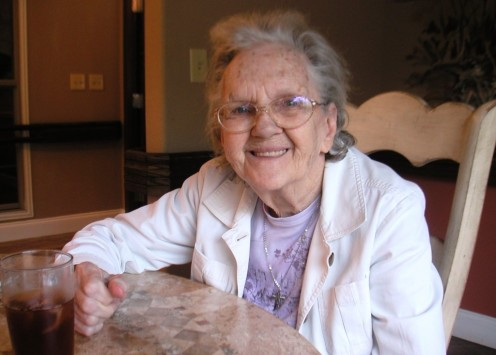 10 Gift Ideas for Nursing Home Residents