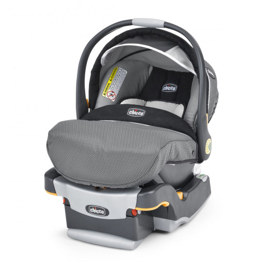 Chicco Keyfit 30 Magic Infant Car Seat with a Base