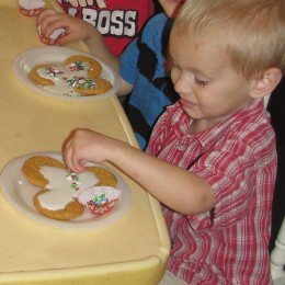 How to Host a Simple Christmas Cookie Swap Party for Kids