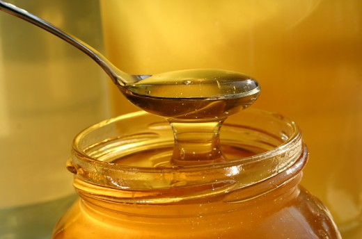 Honey has amazing antibacterial, anti-inflammatory, moisturizing, exfoliating, anti fungal and antiaging properties.