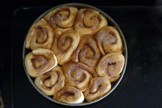 cinnamon rolls ready to be baked