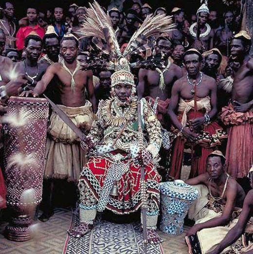 Nyimi Kok Mabiintsh III – King of Kuba (D.R. Congo)