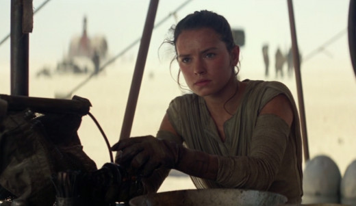 Rey (Daisy Ridley) on the desert world of Jakku.