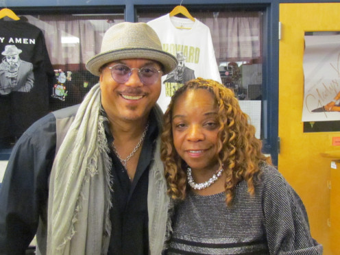 A quick photo and interview with Howard Hewett.