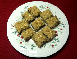 Christmas Mincemeat Bars With Crumbly Topping