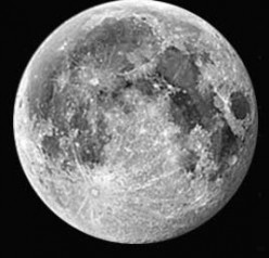 Does a full moon on Christmas mean anything significant?