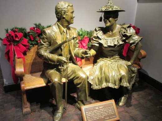 HowDEEEEE!!  Roy and Minnie at the Ryman, Original home of the Grand Ol' Opry.