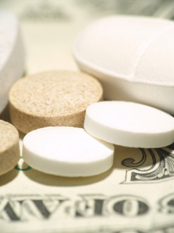 5 Reasons to Avoid Supplements a Celebrity Endorses
