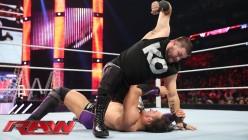 WWE Monday Night Raw Review - 12/28/2015