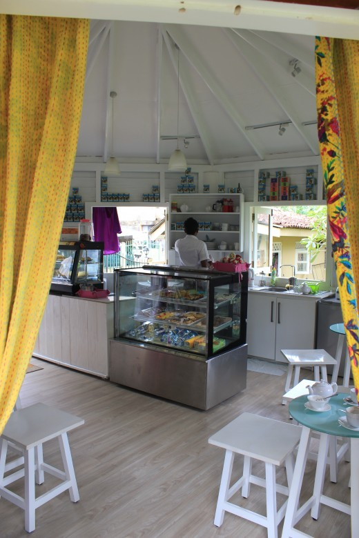 Le Cafe Francais Bakery & Boutique probably serves best coffee in Unawatuna