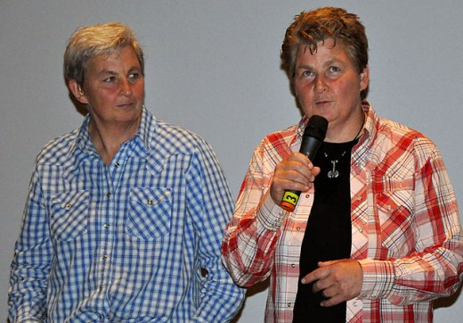 Jools and Lynda Topp at a screening of Untouchable Girls in September 2009 Photo Credit - https://en.wikipedia.org/wiki/Topp_Twins