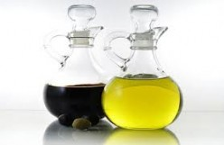 How To Make Natural Furniture Polish Out of Olive Oil and Vinegar