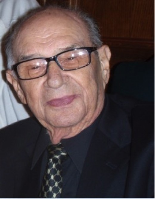 Manny Steinberg (1925-2015)