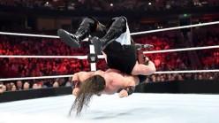WWE Monday Night Raw Review - 01/04/2016