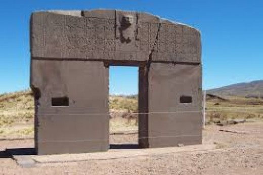 Tiwanaku is oriented to the current North pole under an angle of 359.8 degrees. There's much debate about Tiwanaku and who built it.